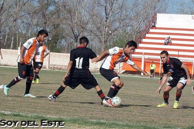 Futbol-Centro-Deportivo-Rivadavia