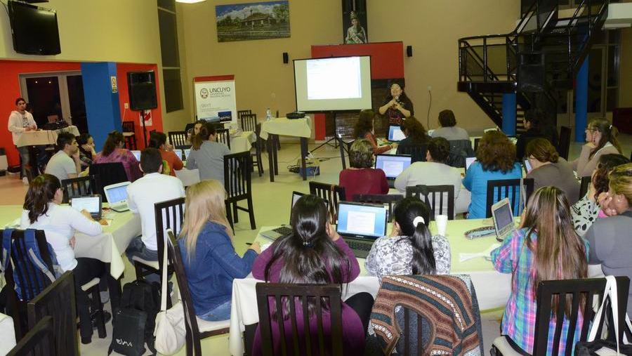 La-Paz-curso-sobre-uso-de-TICs-en-las-aulas