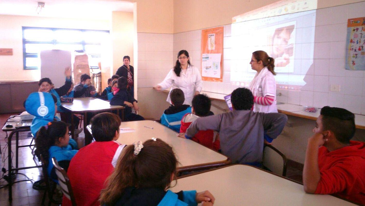 Talleres-de-Salud-Adolescente-en-las-escuelas-Vieytes-y-Tittarelli